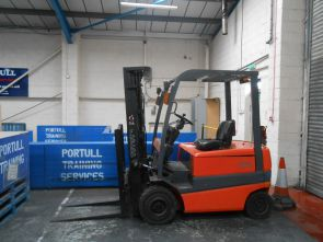 Refresher Counterbalance Lift Truck Training